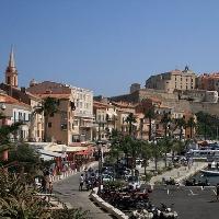 Wo sollte man in Korsika in den Urlaub fahren