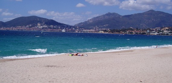 Corsica beaches for children