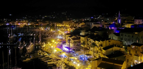 low cost New Year's Eve: Corsica