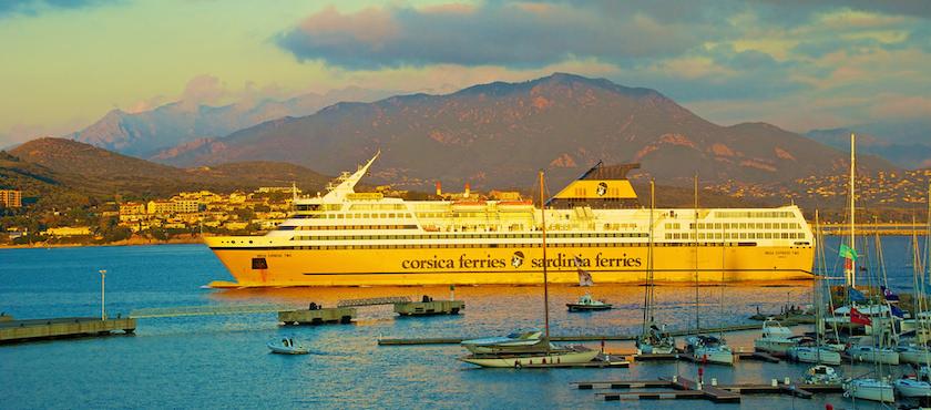 bagagli traghetto Corsica